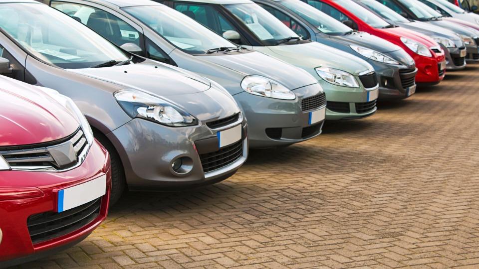 Ticaret Bakanlığı taksitli satışa otomobili de ekledi