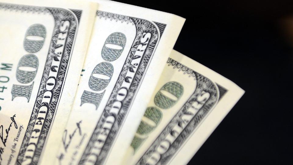 Dolar güne 7,86 seviyesinde başladı