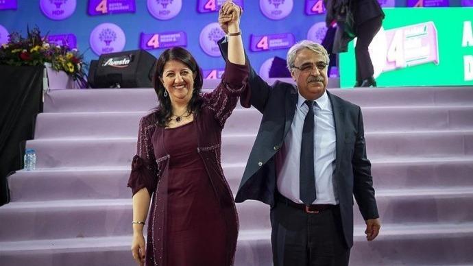 HDP Eşbaşkanları: 7 Haziran yenilgisini hazmedemeyenler, yenilginin yıldönümünde umuda saldırmaya devam ediyor