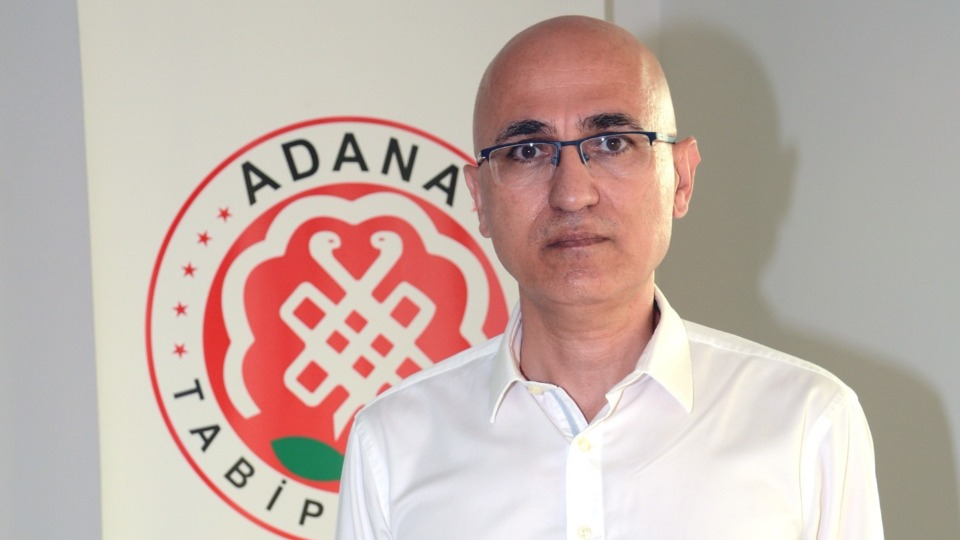 Adana Tabip Odası: Delta varyantı aşısız gençleri etkiliyor
