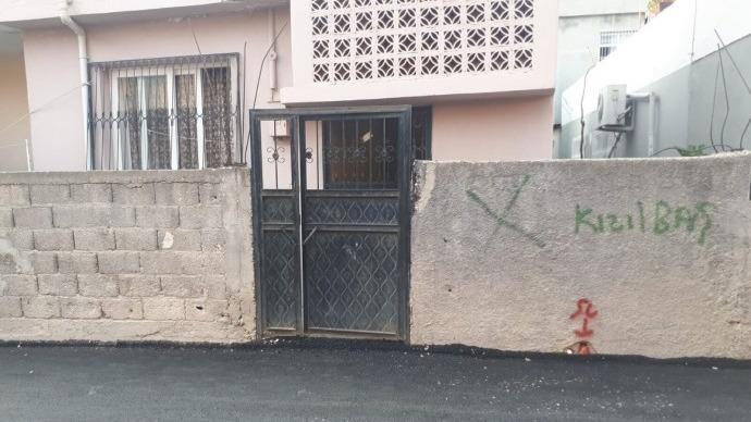 Alevi evlerinin 'Kızılbaş' yazılarak işaretlenmesine tepki
