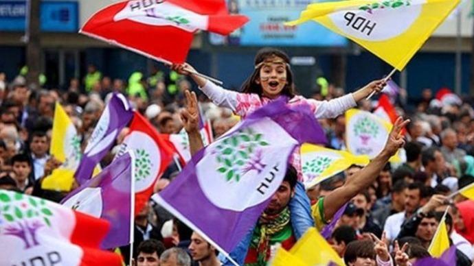 Avrasya Araştırma Başkanı Özkiraz: HDP yüzde 15'i zorlayacak