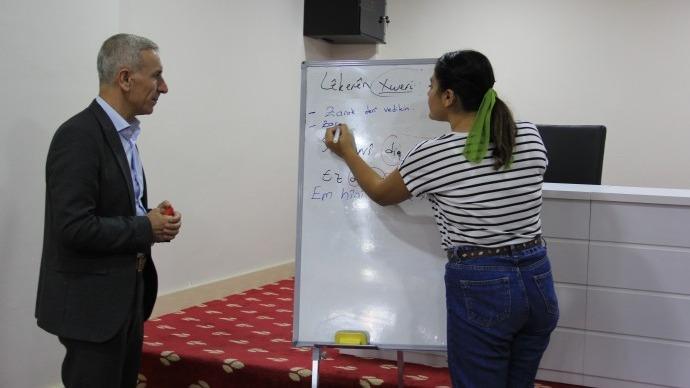 Birca Belek eğitmenleri, Şırnak'ta avukatlara Kürtçe eğitim veriyor